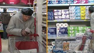 Hilflos beim Einkauf- Alzheimer Demenz