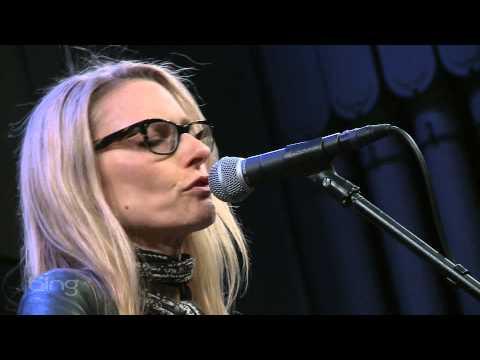 Aimee Mann - Labrador (Bing Lounge)