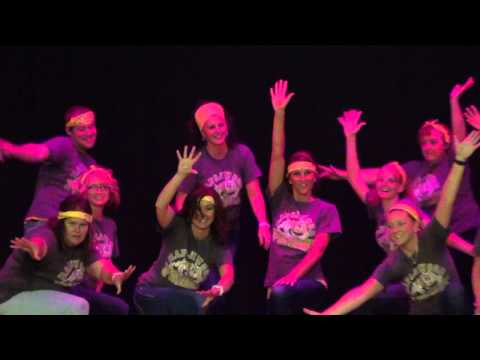 Maplewood Elementary Teachers Thriller dance