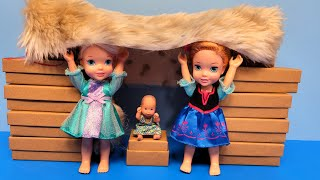 Blanket fort ! Elsa & Anna toddlers - indoor fun building & playing