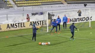 На матч Ростов - Спарта приготовили оранжевые мячи