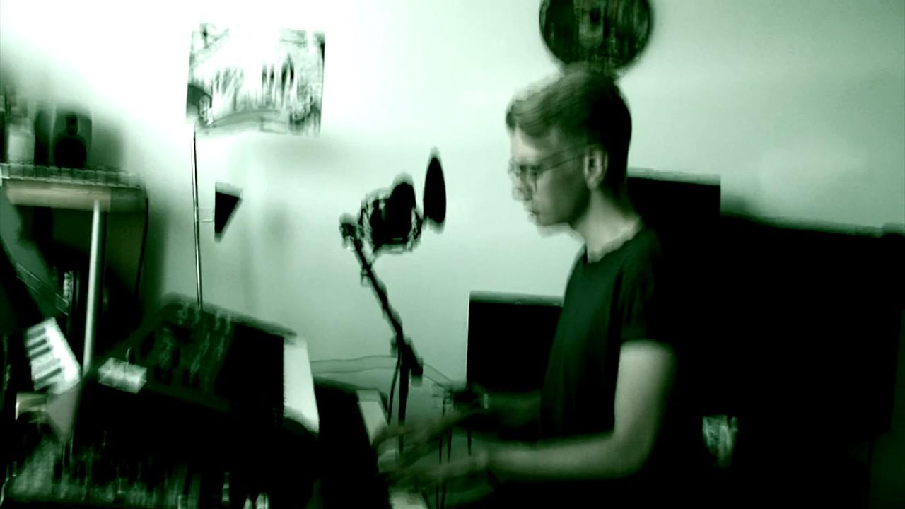 happoradio-pida-pinnalla-paa-vocal-piano-cover-jaakko-kiuru