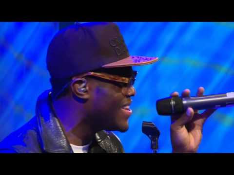 Omi 'Cheerleader' Live | Up Close & Personal