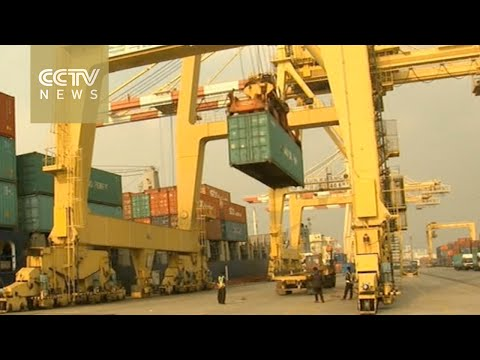 South Korea economy: Trade surplus hits record high
