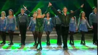 Irish Dance Group - Irish Step Dancing (Riverdance) 2009(Irish Dance Group - Irish Step Dancing (Riverdance) 2009 Riverdance Lead dancers are Nicola Byrne and Alan Kenefick., 2009-02-02T16:07:23.000Z)