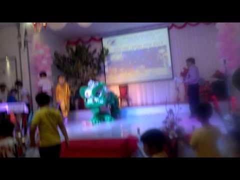 Đoàn Lân Môi Trường Xanh - Earal Eahleo Đắk Lắk