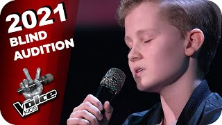 Mark Forster feat. Vize - Bist du Okay (Liam) | The Voice Kids 2021 | Blind Auditions