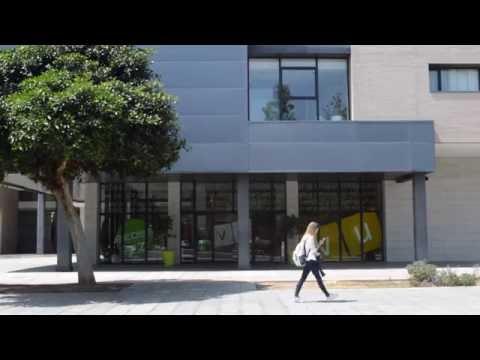 Entrada A La Residencia De Estudiantes: Villa Universitaria