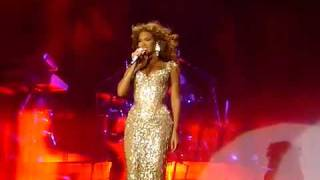 Beyonce Listen Live in Moscow ( laughing with fans)