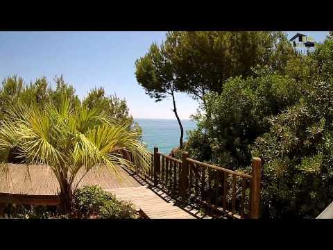 Ocean front villa for sale in Albufeira Central Algarve