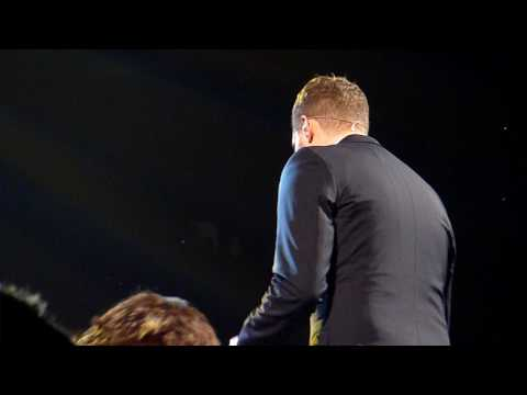 Michael Buble singing Home in Indianapolis 2010