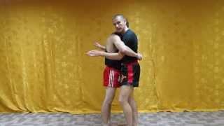 Тайский бокс. Эффективные приемы борьбы в клинче для ринга и самообороны на улице.(В этом видео уроке по тайскому боксу, я покажу тебе эффективные приемы борьбы в клинче для ринга и для самоо..., 2013-06-17T04:37:19.000Z)