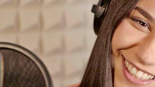 Christina Aguilera - Save Me From Myself (Cover von Sila) Vocal coaching in der AWA-Villa der Musik