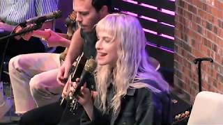 Hard Times - LIVE in the 101WKQX Sound Lounge - Paramore