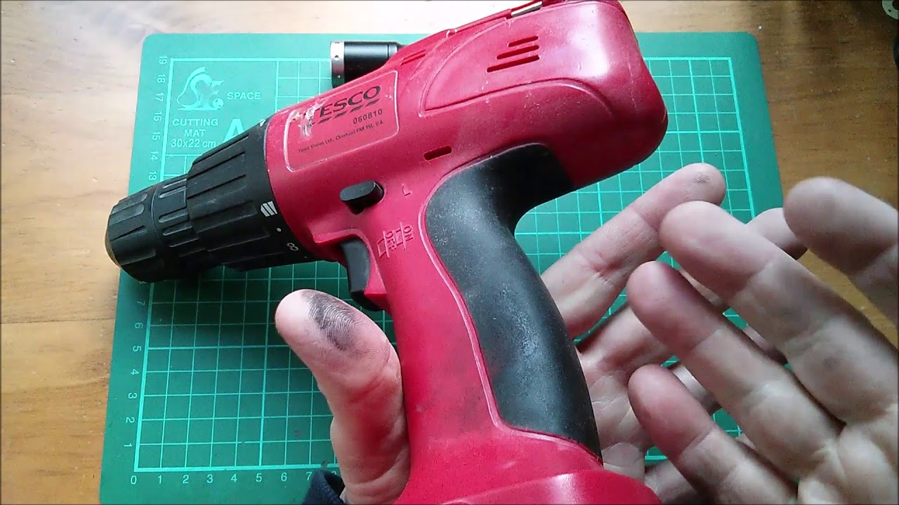 Removing Sticky Rubber From Gadgets