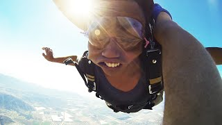 Download Video I PASSED OUT DURING SKYDIVING! MP3 3GP MP4