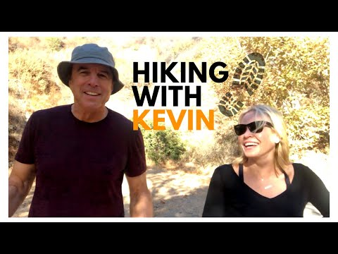 HIKING WITH KEVIN   CHELSEA HANDLER