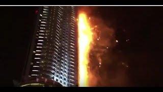 Горит небоскреб в Дубае на Новый год! Пожар  Address Downtown видео  31 12 15 Fire  Dubai(В 63-этажном гостиничном комплексе, который находится в Дубае, произошел пожар, горит отель Address Downtown., 2015-12-31T19:34:37.000Z)