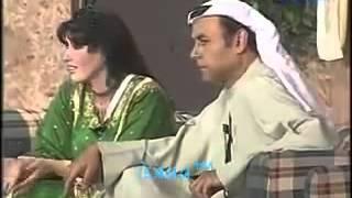المبدع أحمد بدير يستهزء بالاكلات الكويتية بالمسرح