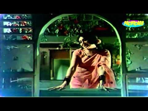 Aaj Mein Dekhun Jidhar Jidhar : Doli 1970 : Asha Bhonsle
