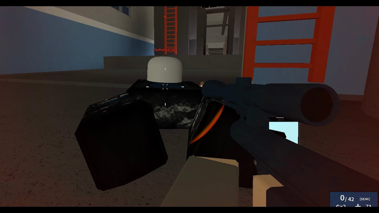 how to play phantom forces