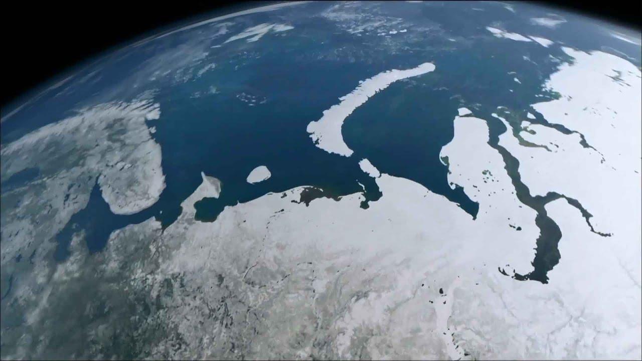 Российские спутники обеспечат информацию по Севморпути с 2022 года