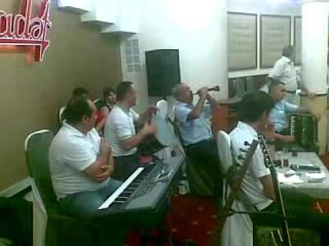 Qelender Cabbaroglu (sintez)-Reshid (zurna) 30072011