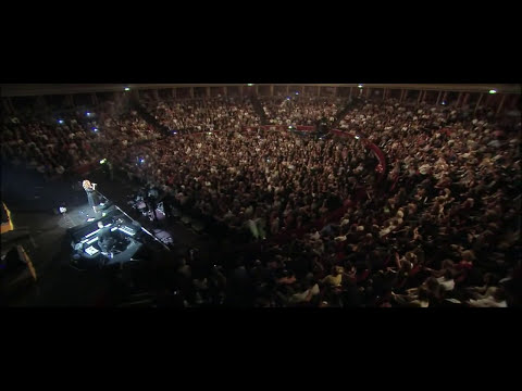 Adele - Someone Like You & Rolling in the Deep (Live at the Royal Albert Hall - 2011)