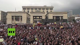 Colombia: Estudiantes se manifiestan en defensa de las universidades públicas