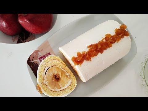 gâteau-roulé-à-la-pomme-caramélisée,-vanille-et-crème-chantilly