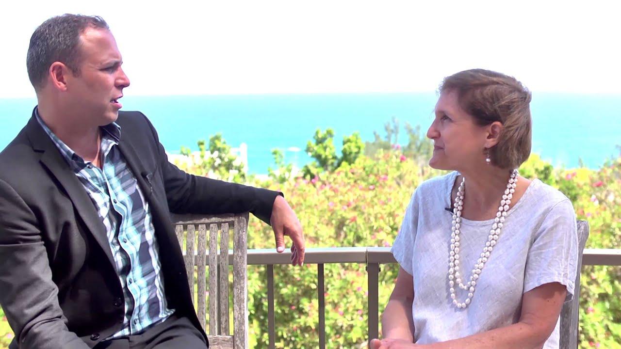 Global Fund Forum 2015 Hub Culture Bermuda with Holly Singer, HS Marketing