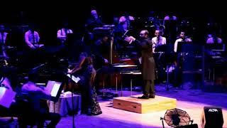 Işın Karaca & Metropolitan Orkestrası