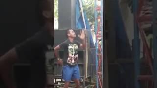 Vidio lucu orang gila joged lagu edan turun