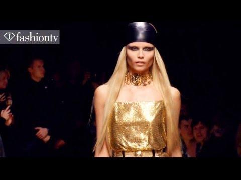 Versace for H&M Fashion Show ft Uma Thurman, Blake Lively, Prince & Kaylee DerFer | FashionTV – FTV