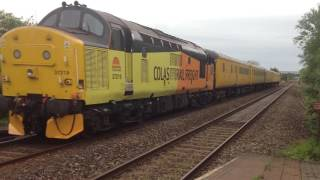 37219 Mega Freight Train flying through Worle!
