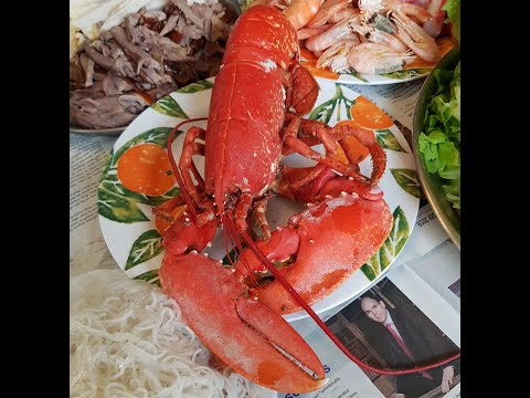 vietnamese-lobster-&-rice-paper-wraps-for-chinese/vietnamese-new-year