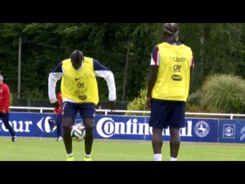 Bacary Sagna & Mamadou Sakho Show Off Impressive Skills During France Training Session