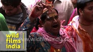 Indian devotees sing religious songs : Holi procession in Gokul