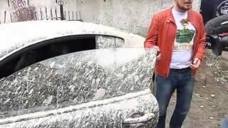 Москвич выставил забетонированный Bentley на аукцион