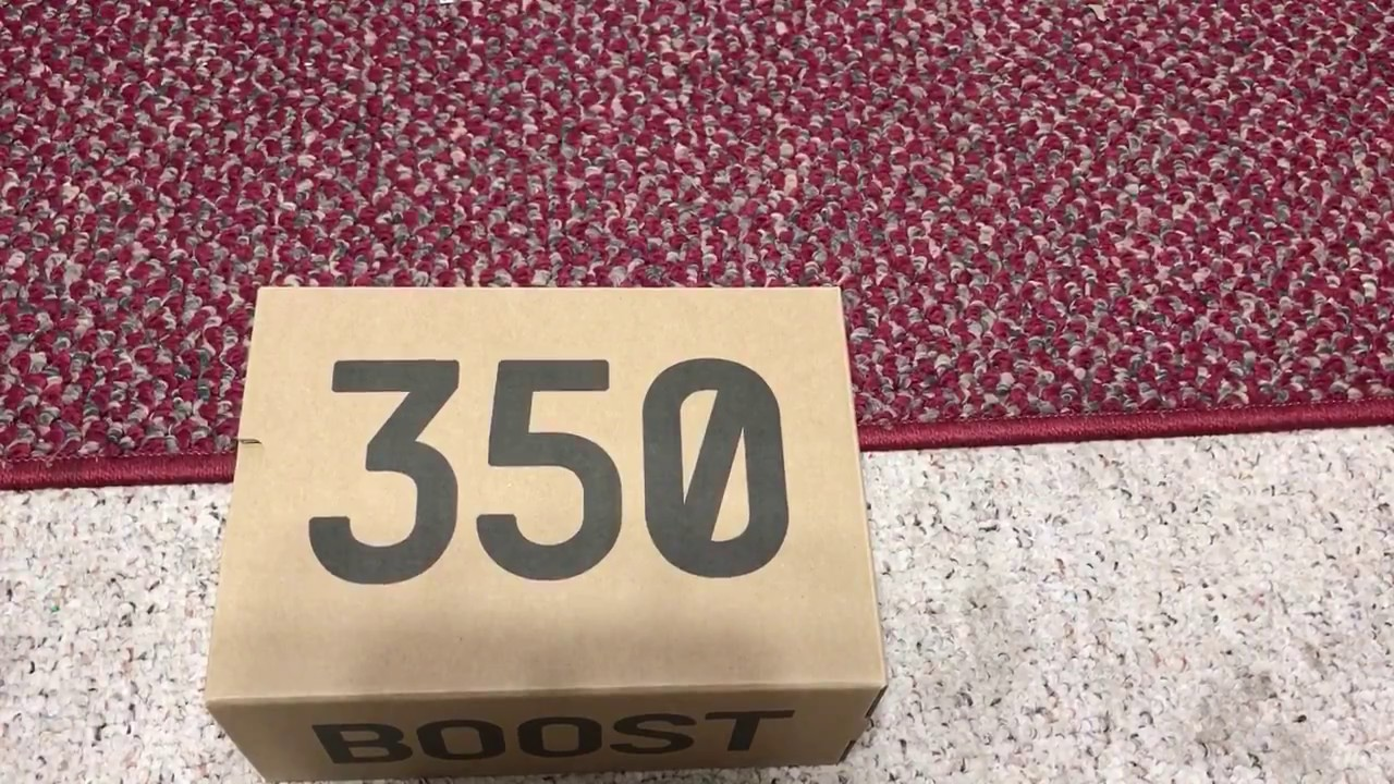 Kyle 's Sneakers Petty Bourgeois UA Version Yeezy Boost 350 v2