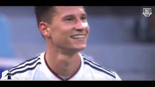 Top 10 Skillful Players in Football 2018 HD