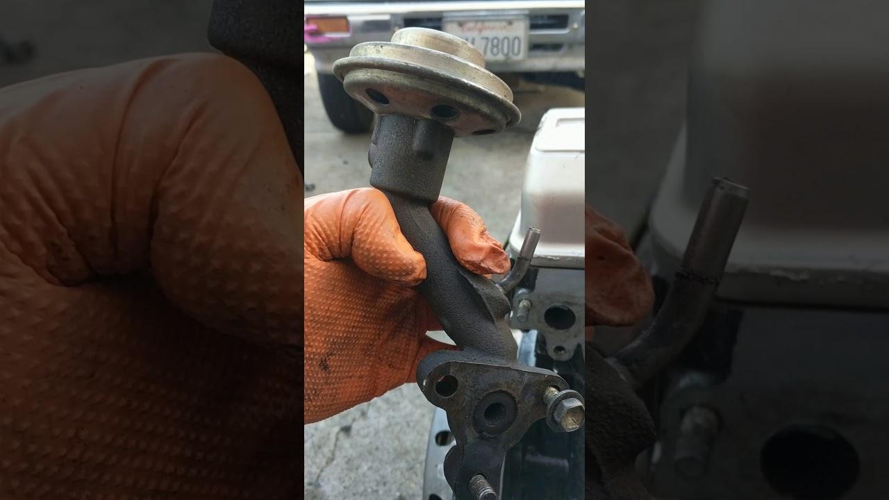 Cómo quitar de válvula egr en motores Toyota 22r o 22r3