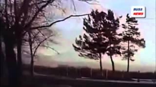 ВИДЕО ПАДЕНИЯ ВЕРТОЛЕТА Ми-2 НА КАМЧАТКЕ / ЕЛИЗОВО(Момент падения вертолета Ми-2 с пассажирами на борту. Инцидент произошел на Камчатке. На кадрах записи видно..., 2015-11-30T13:35:00.000Z)