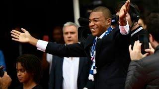 Présentation de Kylian Mbappé aux supporters du PSG
