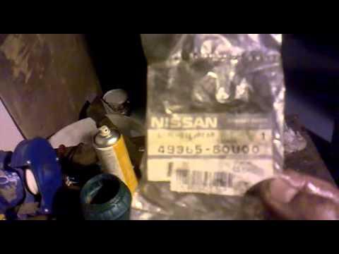 Замена сальника рулевой рейки Nissan N16