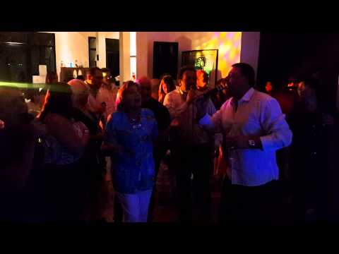 """Karaoke Party en el Club House de """"La Rinconada"""""""
