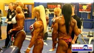 Repeat youtube video Female Bodybuilders Pump Room - 2013 Arnold