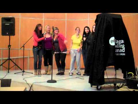 KARAOKE@NIAGARA COLLEGE (WELLAND CAMPUS) NOV. 2010 #2