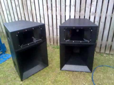 OHM SS3 SMACKSTACK B&C MID HIGH SPEAKER QUICK LOOK AROUND THE CABS