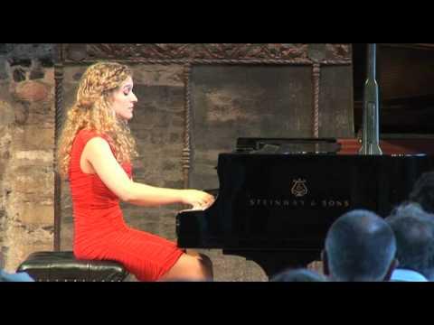 Veronika Shoot plays Scarlatti sonata in d minor K213